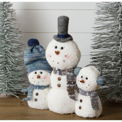 Sherpa And Blue Knitted Snowmen - Standing Family